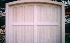 Single garage door with arch and without windows